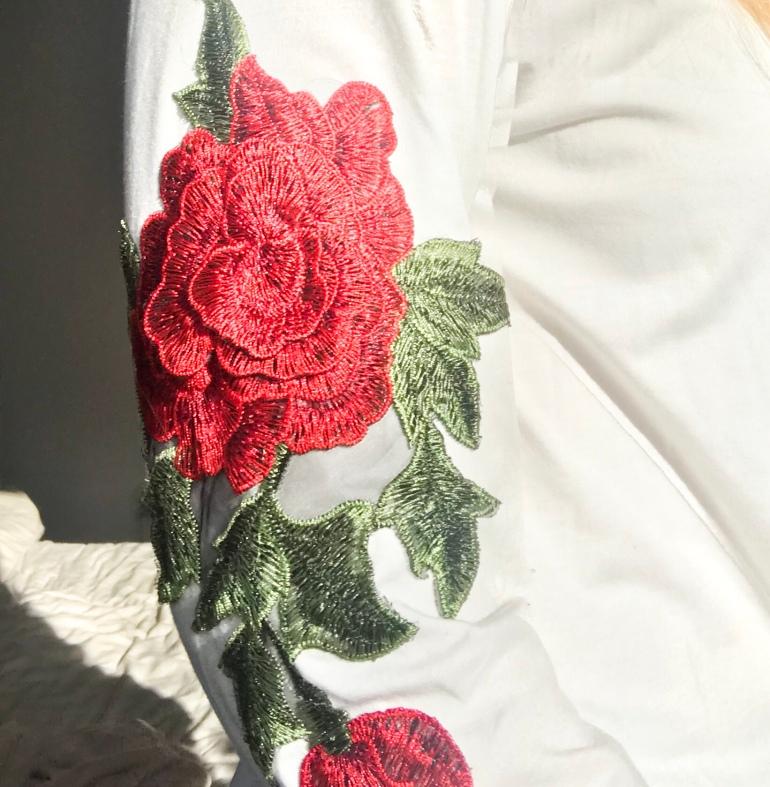Rose Applique Jumper - Zaful